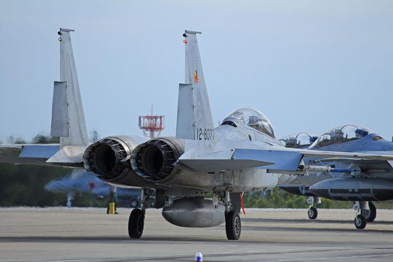 f15戦闘機の排気炎で燃え燃え