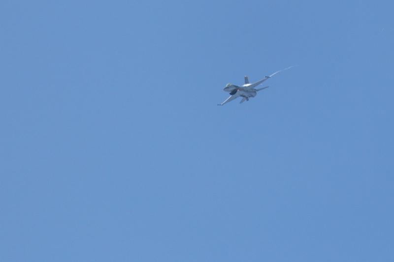 新田原基地にやって来た米軍三沢のf-16エアフェスタ前のフライト