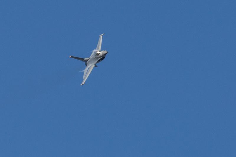 新田原基地にやってきた青森三沢基地所属のf-16