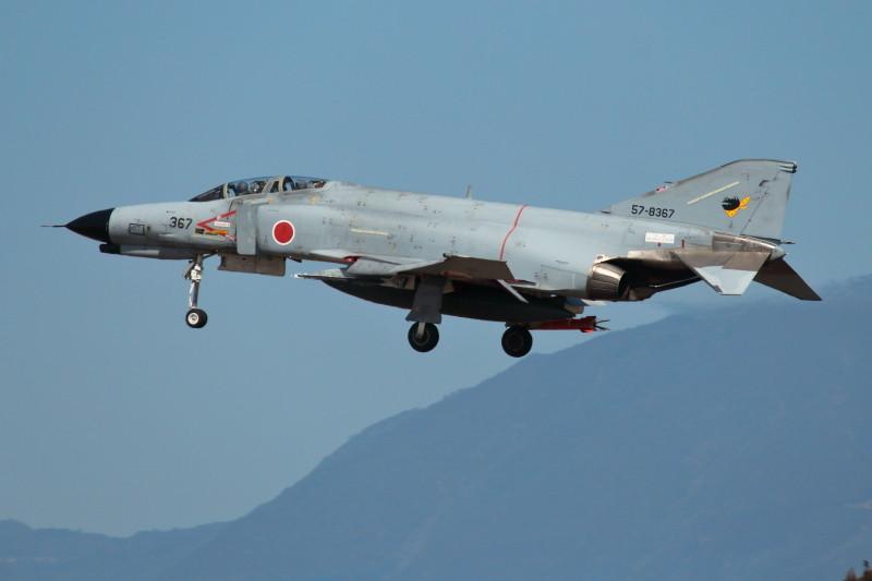 毎日飛行訓練に頑張る新田原基地所属のF-4戦闘機