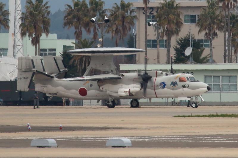 新田原基地に滞在中のE-2C展開完了