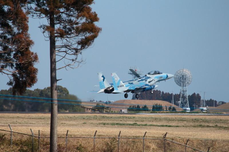 新田原基地に着陸するアグレスF-15