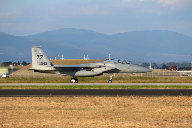 新田原基地に飛来した米軍F-15