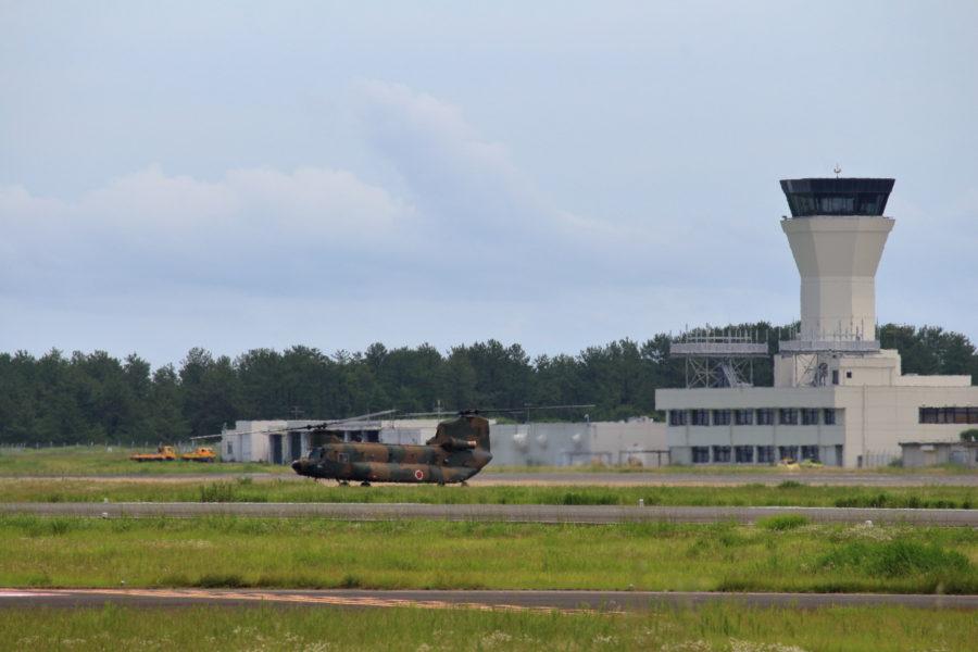 宮崎空港に着陸した陸上自衛隊チヌークが着陸した