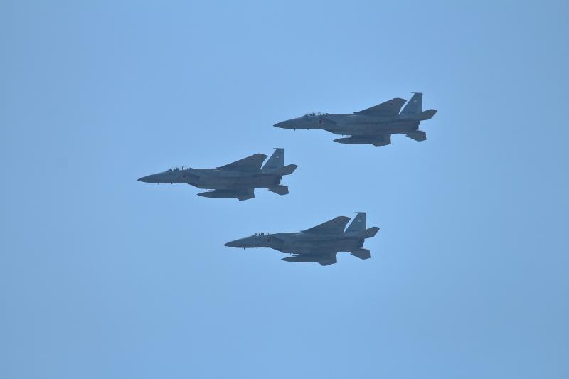 まつりみやざきオープニングの目玉飛行するF-15イーグル