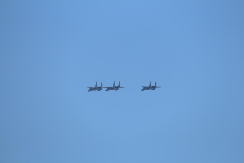 まつりみやざき会場を後に新田原基地に帰るF-15イーグル機