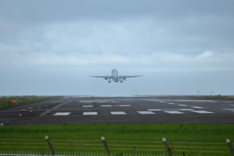 宮崎空港を離陸したエアバス機。この後予期せぬ事態になるとは