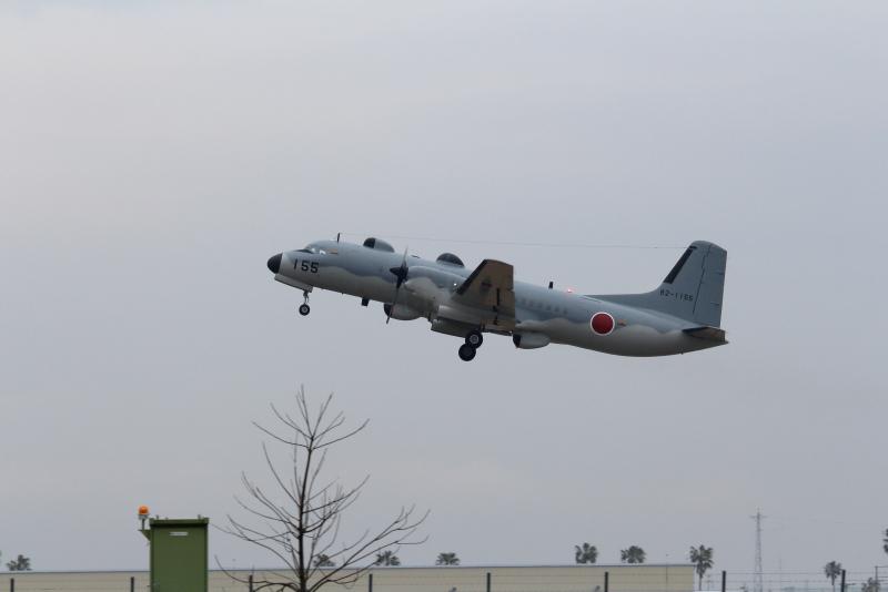 今日の新田ばる基地での収獲はys-11型の飛行機