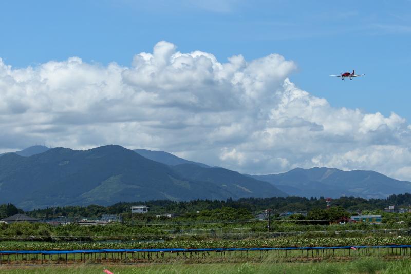 宮崎空港で飛行機を楽しむにはこの雲と暑さが重要