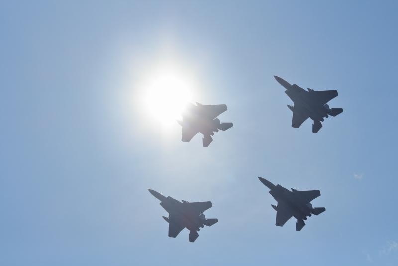 まつり宮崎会場にオープニングフライトとしてやって来た新田原基地所属305飛行隊通称梅組さんの飛行機