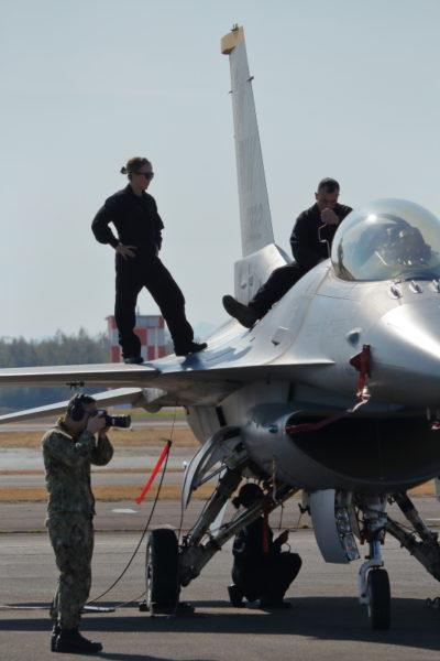新田原基地2019エアフェス事前公開。アメリカ空軍アクロバットチームF16の演技は最高だった。