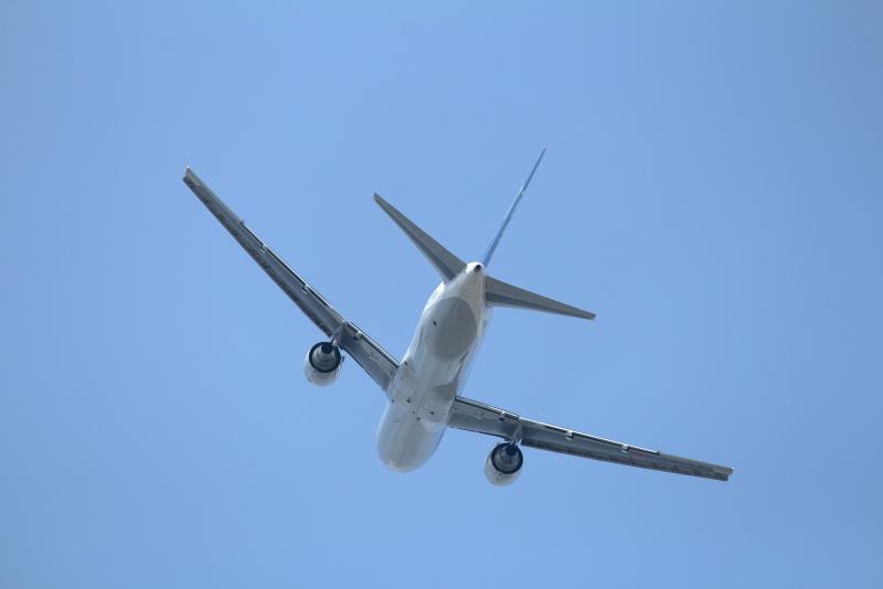 盆休みの宮崎に多くの乗客を運んできてくれた東京便が折り返していく。